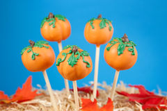 Pumpkin cake pops Royalty Free Stock Images