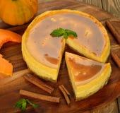 Pumpkin cheesecake with caramel icing Royalty Free Stock Photos