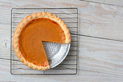 Pumpkin Pie Cooling Rack Stock Photos