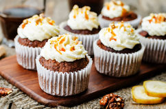 Free Pumpkin Pie Spices Walnuts Banana Cupcakes With Salted Caramel A Stock Photography - 62695682