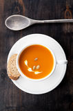 Pumpkin soup with pumpkin seeds Royalty Free Stock Photos