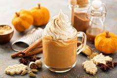 Free Pumpkin Spice Latte In A Glass Mug Stock Photos - 101127213