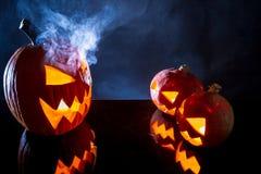 Pumpor som Halloween feriesymbol Fotografering för Bildbyråer