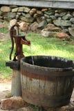 pumpvatten Royaltyfria Bilder