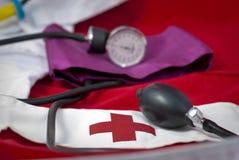 Pun¢o y bulbo de la presión arterial Imagen de archivo
