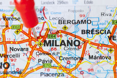 Punaise dans la carte de Milan, Italie Photo stock