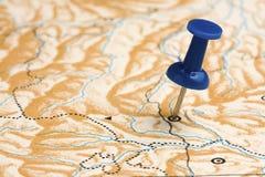 Punaise sur la carte inconnue Image libre de droits