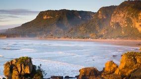 punakaiki пляжа Стоковая Фотография RF