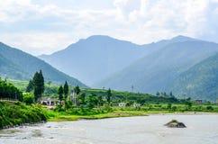 Punakha谷的惊人的风景 免版税图库摄影