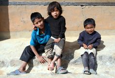 Punakha, Bhután - 7 de noviembre de 2012: Bhutanese pobre no identificado fotografía de archivo libre de regalías
