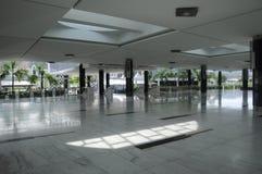 Puncak Alam清真寺内部雪兰莪的,马来西亚 免版税库存照片