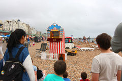 Punch and Judy Show, Brighton Beach, Sussex, England Stock Photography