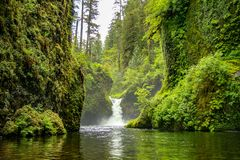 Punchbowl Falls on Eagle Creek, near Portland, Oregon Stock Photos