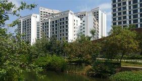 Punggolwaterweg met flats Stock Foto