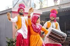 Punjabicultuur en traditiedans op Baisakhi-festival royalty-vrije stock foto