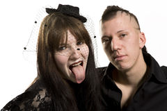 Punk maniermeisje en jongen in zwarte kleren Stock Afbeelding