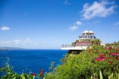 'Punkt för två vänner' i Guam på klar dag Royaltyfria Bilder
