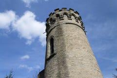 Punkt obserwacyjny Ded z niebieskiego nieba tłem blisko Beroun republika czech zdjęcie stock