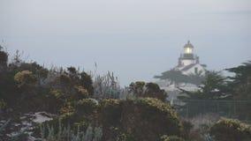 Punkt Pinos-Licht wird in einen festen Bereich im Jahre 1855 errichtet verstaut stock video