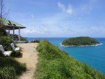 Punkt widzenia na falezie w Tajlandia na Phuket wyspie blisko Rawai plaży Obrazy Royalty Free