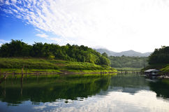 Punkt widzenia Pom pi. Khao Laem park narodowy Obraz Royalty Free