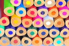 Punkte in den Farben (bunte Bleistifte) stockfotos