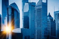 Punkty zwrotni Szanghaj, grupa nowożytni biznesowi budynki Zdjęcie Royalty Free