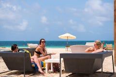 PUNTA CANA, RÉPUBLIQUE DOMINICAINE - 22 MAI 2017 : Vue du café de plage Copiez l'espace pour le texte Images stock