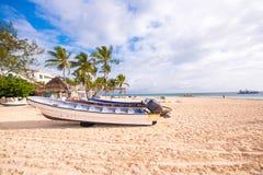 PUNTA CANA, REPÚBLICA DOMINICANA - 22 DE MAIO DE 2017: Vista do Sandy Beach Copie o espaço para o texto Imagens de Stock Royalty Free