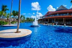 PUNTA CANA, REPÚBLICA DOMINICANA - 29 DE OCTUBRE DE 2015: Palacio de Barcelo Bavaro del hotel imágenes de archivo libres de regalías
