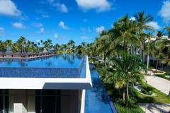 PUNTA CANA, REPÚBLICA DOMINICANA - 29 DE OCTUBRE DE 2015: Palacio de Barcelo Bavaro del hotel fotografía de archivo