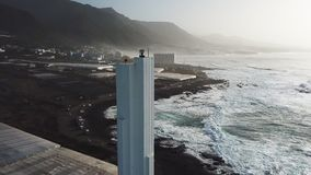 Punta Del Hidalgo Latarnia morska Krajobrazowy przegapiający ocean Zmierzch antena zdjęcie wideo