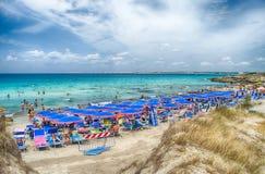 Punta dellaSuinas strand nära Gallipoli i Salento Apulia Ita Arkivbilder