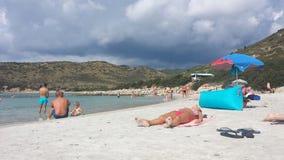 Punta Molentis plaża, Villasimius - 26 Septmber, 2016: uniniden Fotografia Stock