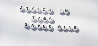 Puntada a tiempo Imagen de archivo libre de regalías