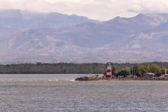 Puntareanas、哥斯达黎加、轮渡和灯塔视图 免版税库存图片