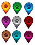 Puntatore della mappa con la stampa della zampa del cane Immagini Stock Libere da Diritti