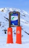 Puntatori alla pista nella stazione sciistica Meribel Fotografia Stock