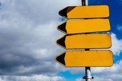 Puntatori vuoti del segnale stradale fotografie stock libere da diritti