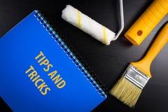 Punte e fondo di concetto di trucchi per il blog Spazzola di arte di vista superiore fotografia stock