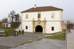 Punti di riferimento di Alba Iulia - portone della fortezza Fotografia Stock