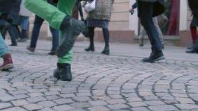 Punti il giorno sciocco internazionale della passeggiata, Brno, repubblica Ceca archivi video