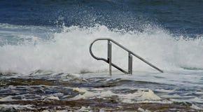 Punti inondati ad uno stagno della roccia Fotografie Stock Libere da Diritti
