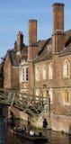Punting Past królowych szkoły wyższa, Cambridge Zdjęcia Royalty Free