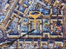 Punto de Geotag en las calles de la ciudad visión aérea b fotos de archivo