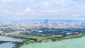 Punto de vista de la ciudad de Kunming en el panorama, capital de Yunnan Foto de archivo