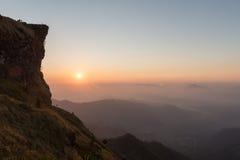 Punto de vista de la montaña de Fahrenheit de la ji de Phu en la provincia de Chiangrai de Thail Fotografía de archivo libre de regalías