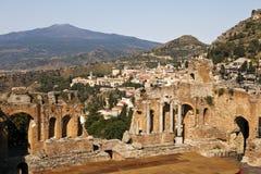 Punto de vista de Taormina con el teatro Fotografía de archivo libre de regalías