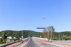 Punto de vista del puente concreto fotografía de archivo