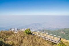 Punto de vista en las montañas Imágenes de archivo libres de regalías
